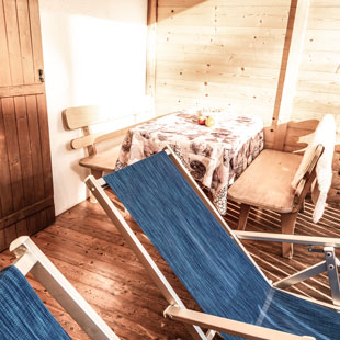balcony-appartements-berfrieden-siusi_allo_sciliar-south_tyrol